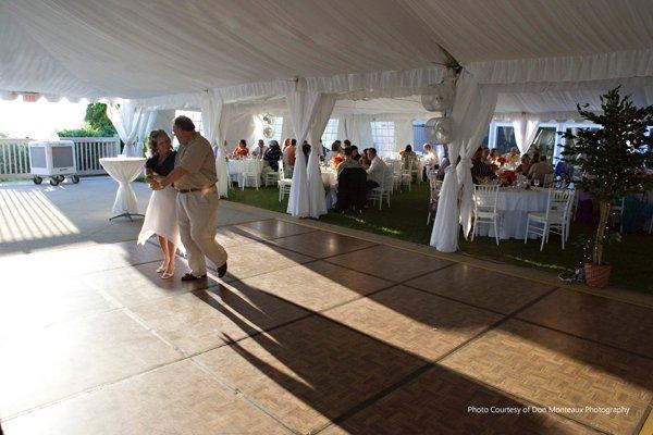 La crosse tent and awning dancefloor photo album for 1 2 3 4 get on d dance floor